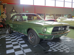 Ford  67´Mustang V8 Ivorygreen